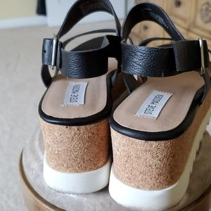 Black sandles worn 3 times in good condition